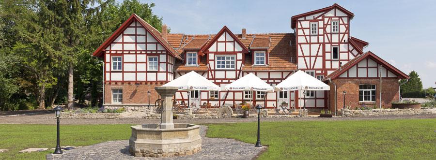 Hochzeit feiern in Erfurt leicht gemacht . Das Team Mühlenhof Bosse bietet das komplette KnowHow und unvergleichlich schönes Ambiente im Landhaus-Stil.